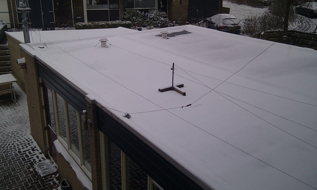 Wires above flat roof 1